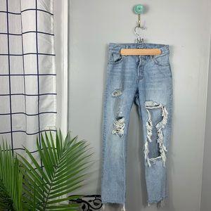 Levis Distressed 501 Jeans